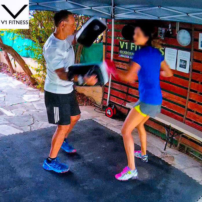mobile-personal-trainer-limassol-kickboxing